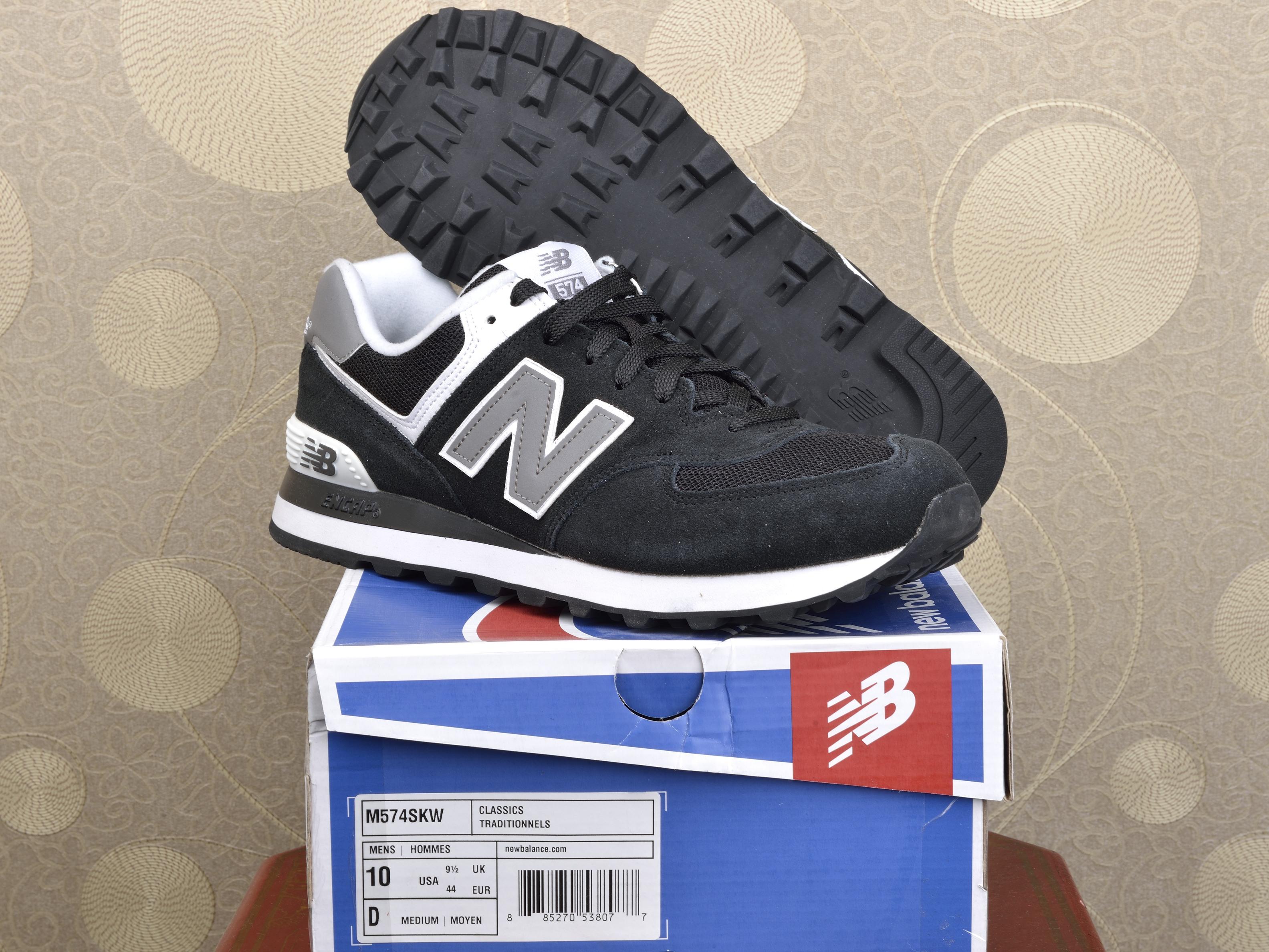 new products 012c1 e0b45 Аксессуары,одежда : Мужские кроссовки New Balance M574SKW